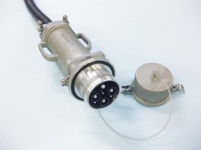 フジクラ、船舶給電システム開発