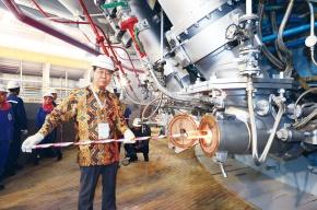 POSCO、インドネシア高炉火入れ