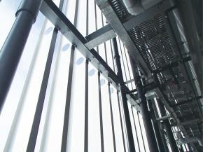 新日鉄住金 溶接軽量H形鋼、用途拡大 建築ルーバー材として初採用