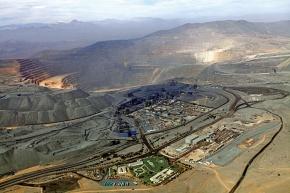 三菱商事、鉄鉱石権益1000万トンへ カナダ・チリ 14年度拡張完了