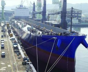 住友商事、新日鉄住金製150メートルレール輸送船新造