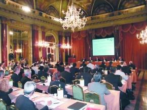 国際ステンレス・フォーラム開幕 原料主題に意見交換