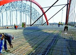 米NAS、ステンレス鉄筋を供給 ミネソタの橋で300トン