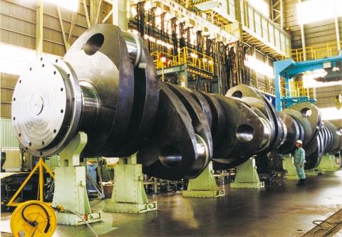 神戸製鋼、設計疲労強度K=1.05認証 世界初取得 型入れ鍛造法クランクシャフトで