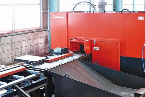 鋼材流通トーセン、複合加工機本稼働へ