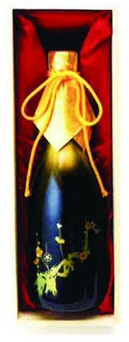 東洋アルミ、干渉色顔料塗装 日本酒を発売