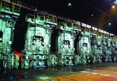 新日鉄住金・大分製鉄所、熱延 累計生産2億トン 43年間で達成 国内初