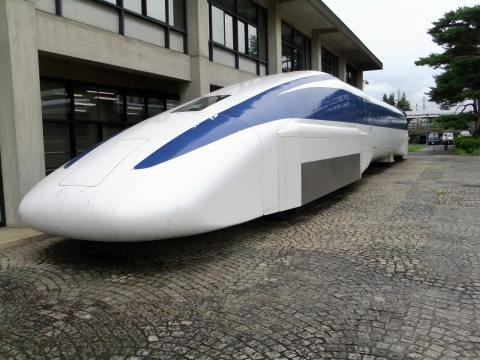 超電導-過去・現在・未来-電気抵抗ゼロの省エネ技術 「リニアモーターカー」が現実化