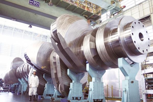 神戸製鋼 超大型クランク軸スロー、世界初のK=1.05認証