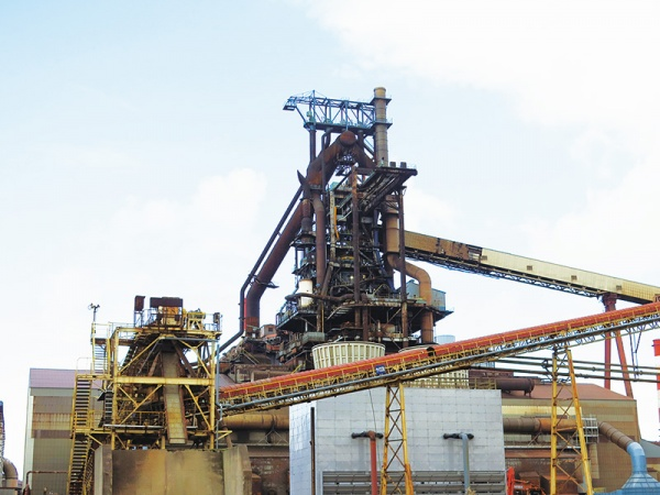 神戸製鋼・加古川、第3高炉火入れ 再稼働