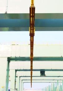 新日鉄住金・八幡、世界最長150メートル鉄道レール 出荷体制整う