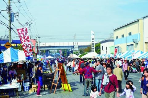 浦安「第10回ゆ~ゆ~カーニバル」 前回上回る3万人強来場 多彩なイベントで盛り上がり