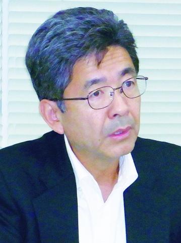神戸製鋼、経常益横ばい850億円 通期予想を上方修正