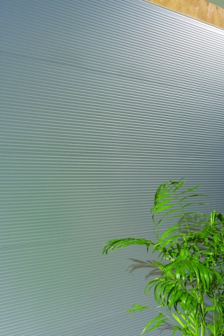 アイジー工業、遮熱性優れた外壁材 ガルステージ フッ素塗装鋼板