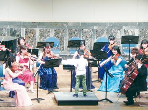 はがねの日の記念  ファミリーコンサート開催 全特協大阪、600人参加