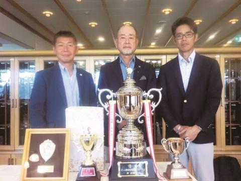 オール関東特殊鋼親善ゴルフ大会、清水氏(清水特殊鋼 社長)2回目の優勝
