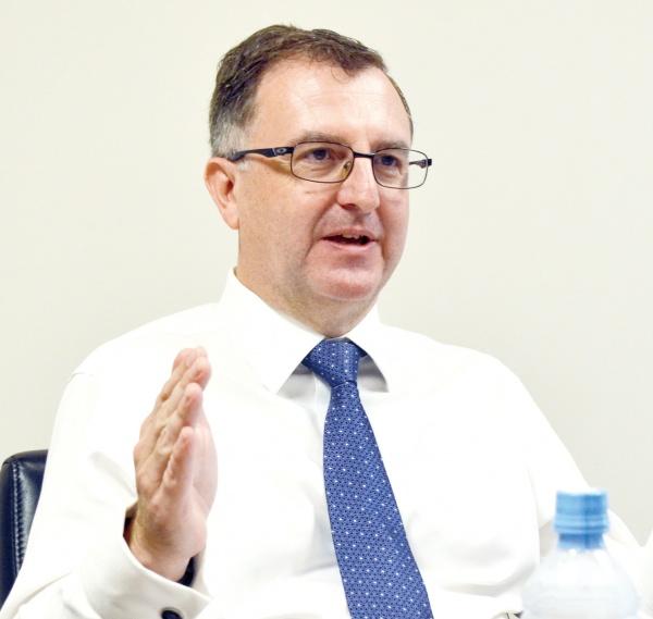 英リオ・ティントの鉄鉱石事業戦略 ソールズベリー鉄鉱石部門CEO 価値のある分を生産 輸送鉄道無人化など 新技術、既存機材に導入