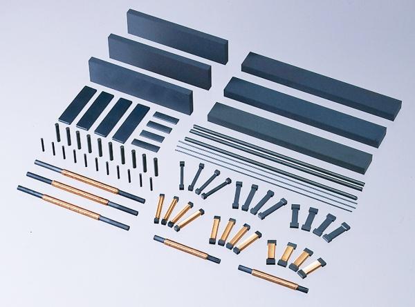 日立金属、車アンテナ用コア材開発 高ロバスト性で拡販へ