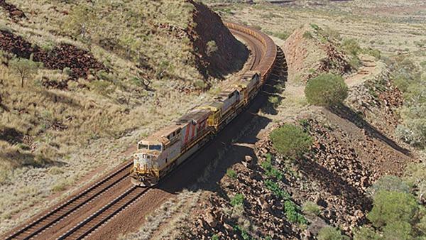 リオ・ティント 西豪州の鉄鉱石事業 初の無人鉄道輸送実施