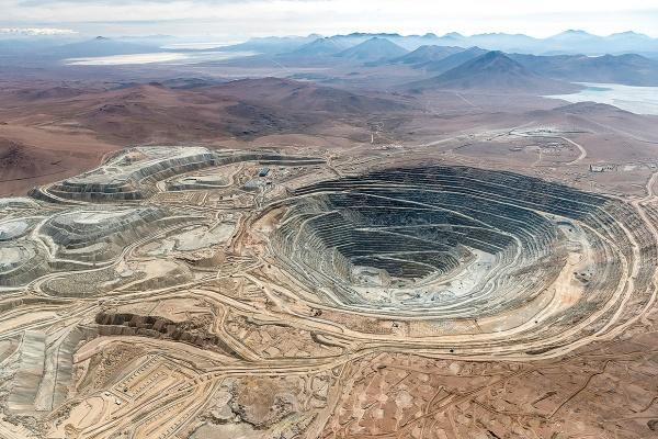 三井物産 現有銅鉱山を良質化