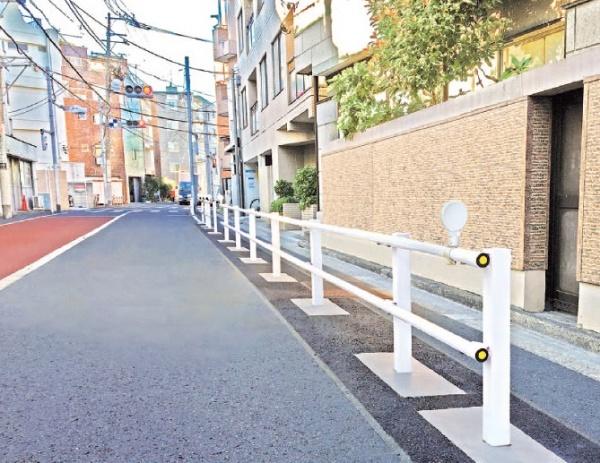 日鉄建材、生活道路用柵を拡販 基礎に「ストラクベース」