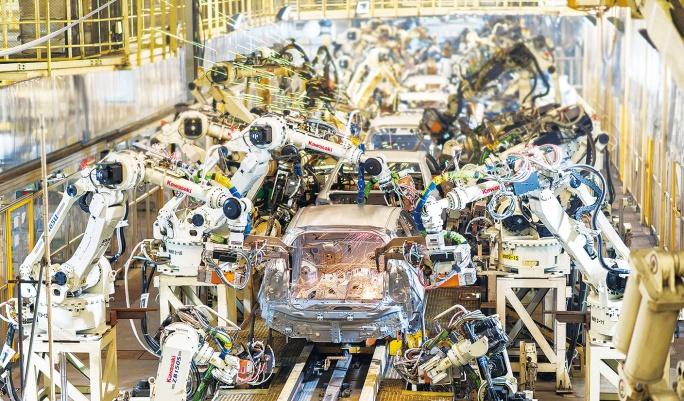 中国鋼材需要正常化は遠く 自動車工場、再稼働も販売不振か