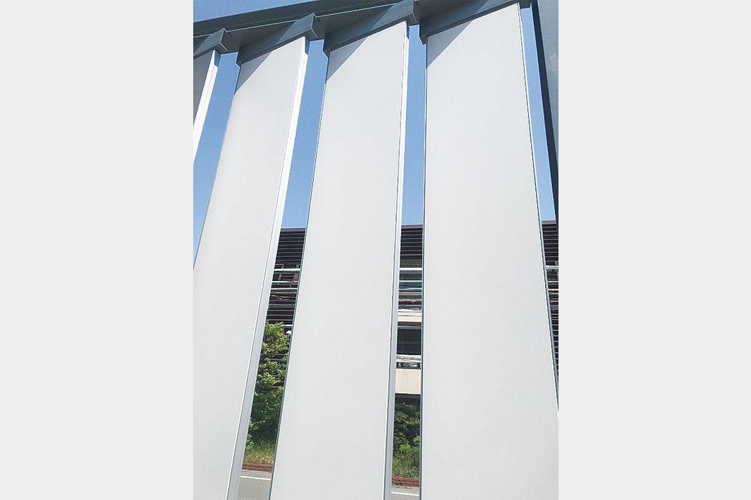 日鉄鋼板、軽量・高強度ルーバー発売