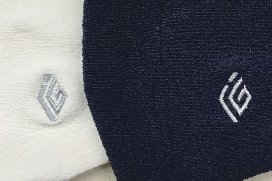 アイジー工業・佐藤繊維 山形の企業同士、業界越えコラボ ロゴ入りマスクを製作