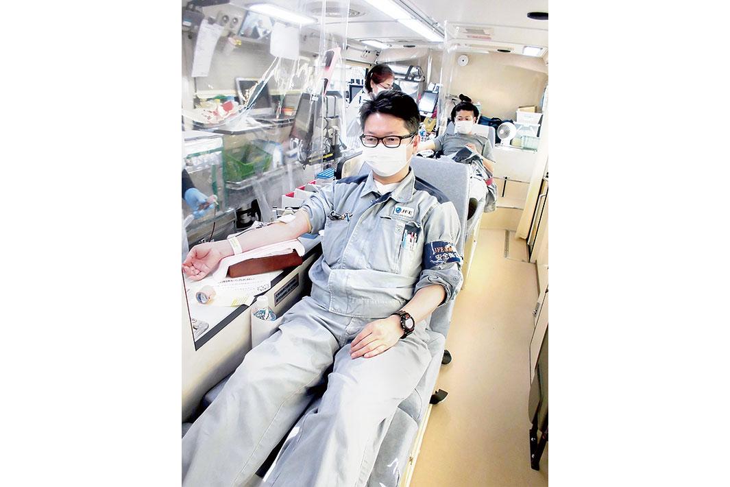 JFE条鋼東部 地域貢献で献血に参加
