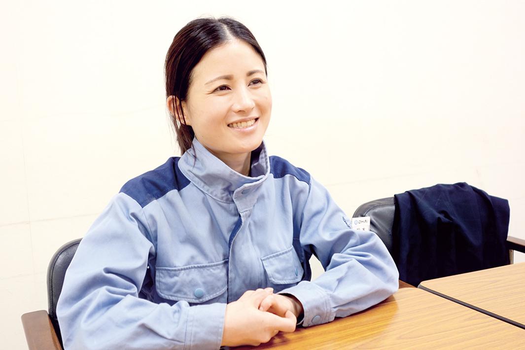 鉄鋼業界で働く/ ―女性工場職編― インタビュー/工程超えた多能工目指す