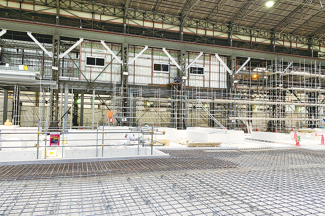 大阪鋼圧 レベラー基礎工事完了